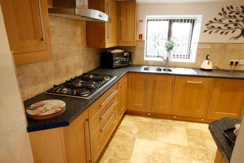 Large modern kitchen with Gas Hob and Microwave