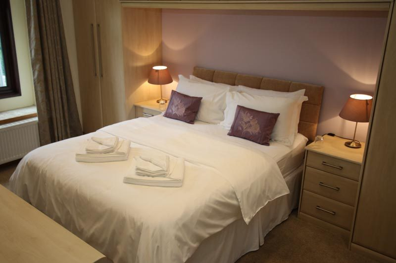 Master Bedoom - luxury self catering Derbyshire