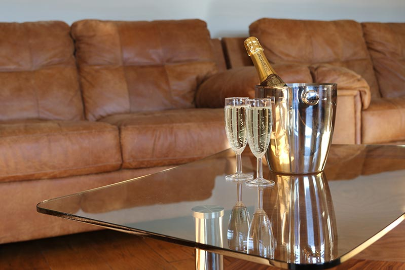 champagne in living room