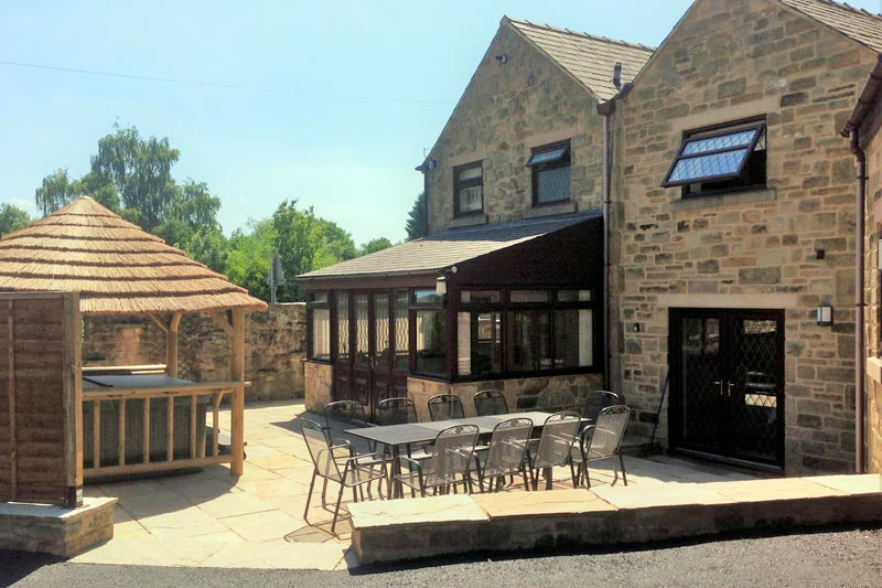 outdoor hot tub and bbq derbyshire